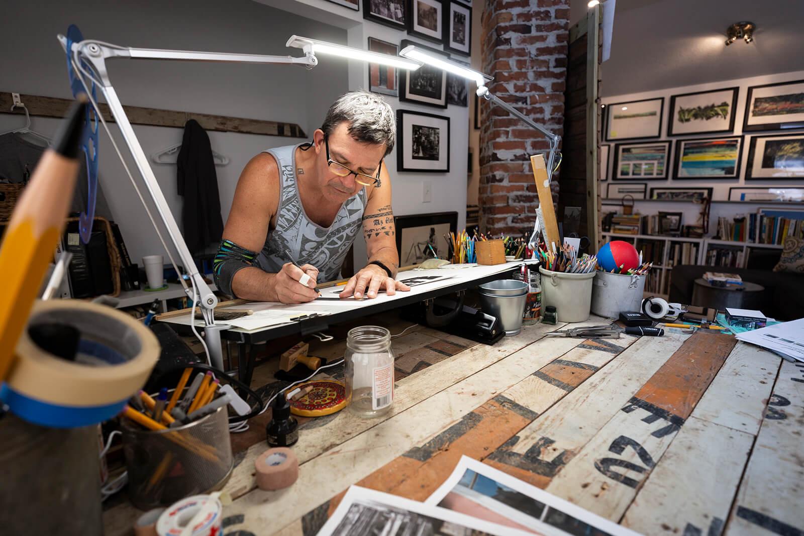 Artist Larry Paul Frey